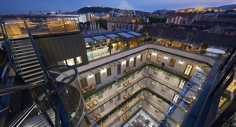 aria-hotel-conde-nast.jpg