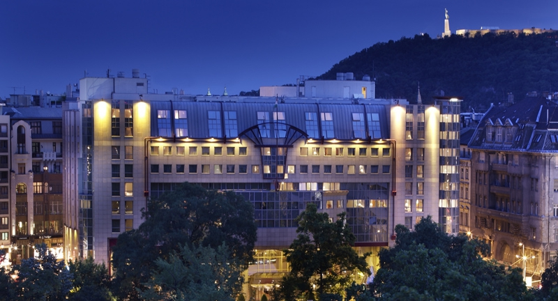dijat-kapott-a-kempinski-hotel-corvinus-budapest.jpg