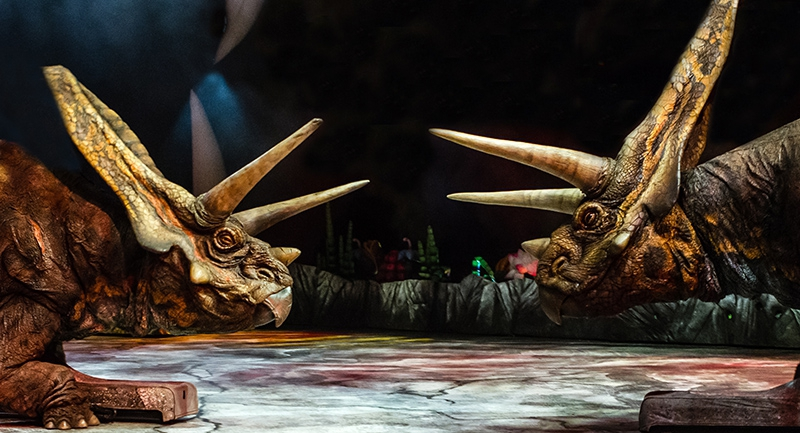 Walk with the dinosaurs! - The Arena Spectacular show in Hungary
