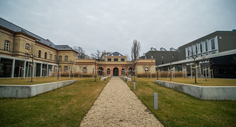 europa-legjobb-kozepuletenek-jaro-dijat-kapott-az-orszagos-muzeumi-restauralasi-es-raktarozasi-kozpont.jpg