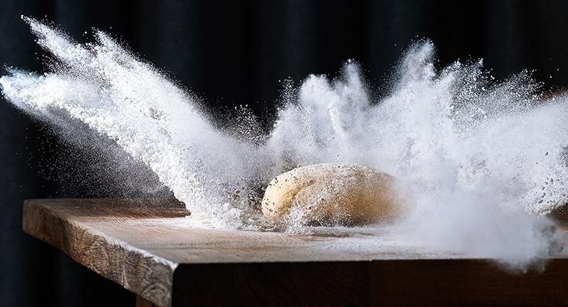 kenyer-es-viz-a-mai-napon-megnyitott-a-liszt-etterem.jpg