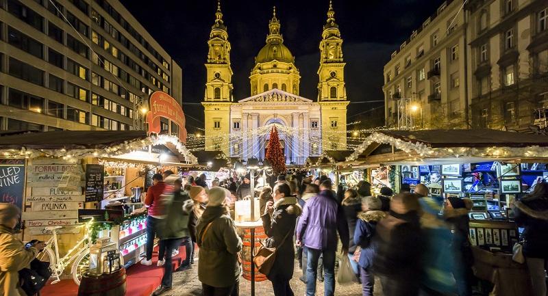 megnyilt-europa-negyedik-legjobb-karacsonyi-vasara-a-bazilikanal.jpg