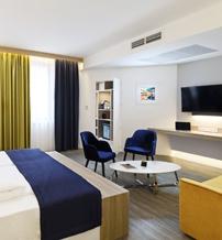 tmrw-hotels-app-negyedik.jpg